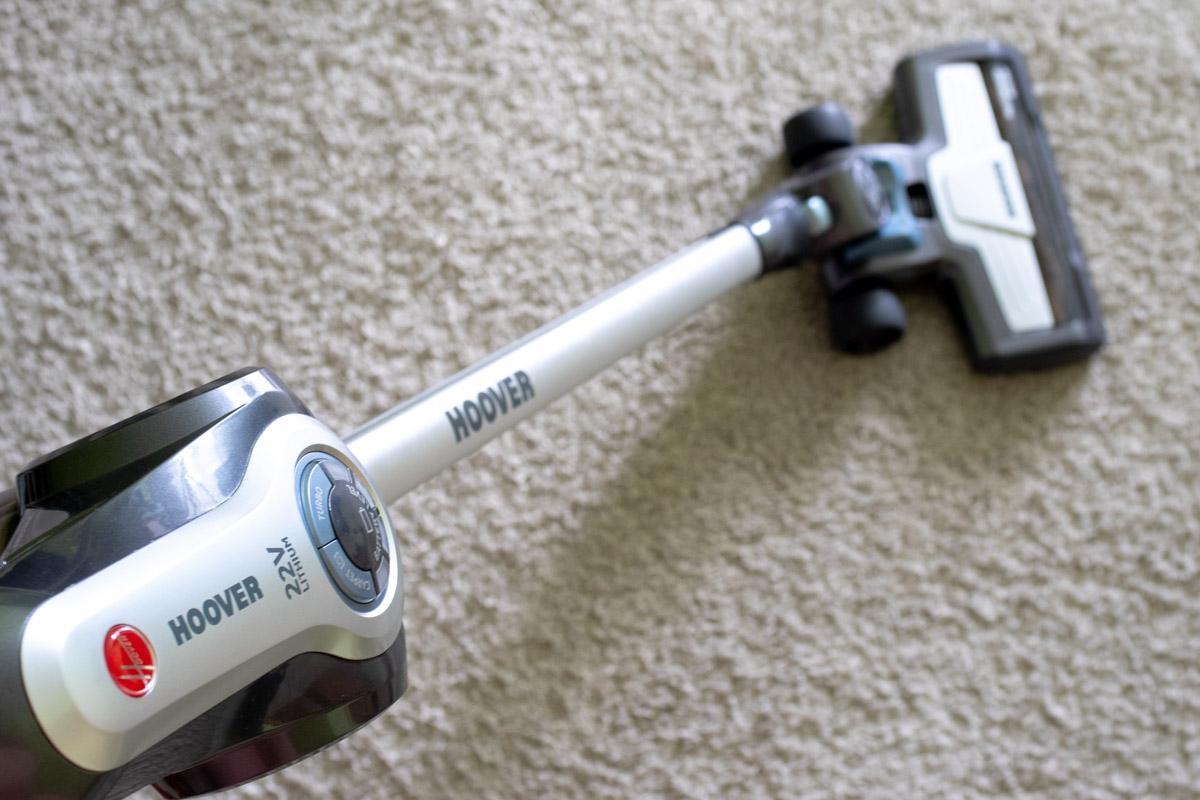 Как я делал генеральную уборку с помощью стик-пылесоса Hoover Rhapsody © Техномод