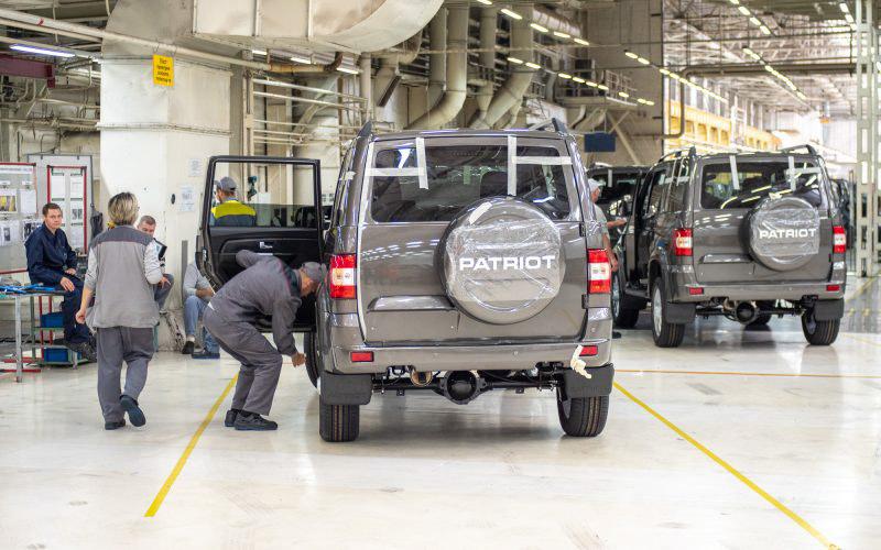 Как делают утилитарные российские внедорожники. Экскурсия на Ульяновский автозавод © Техномод