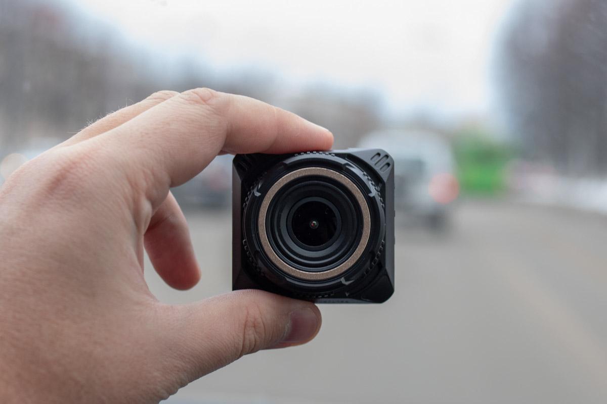 Видеорегистратор Navitel R600 Quad HD. Старый друг с новым характером © Техномод