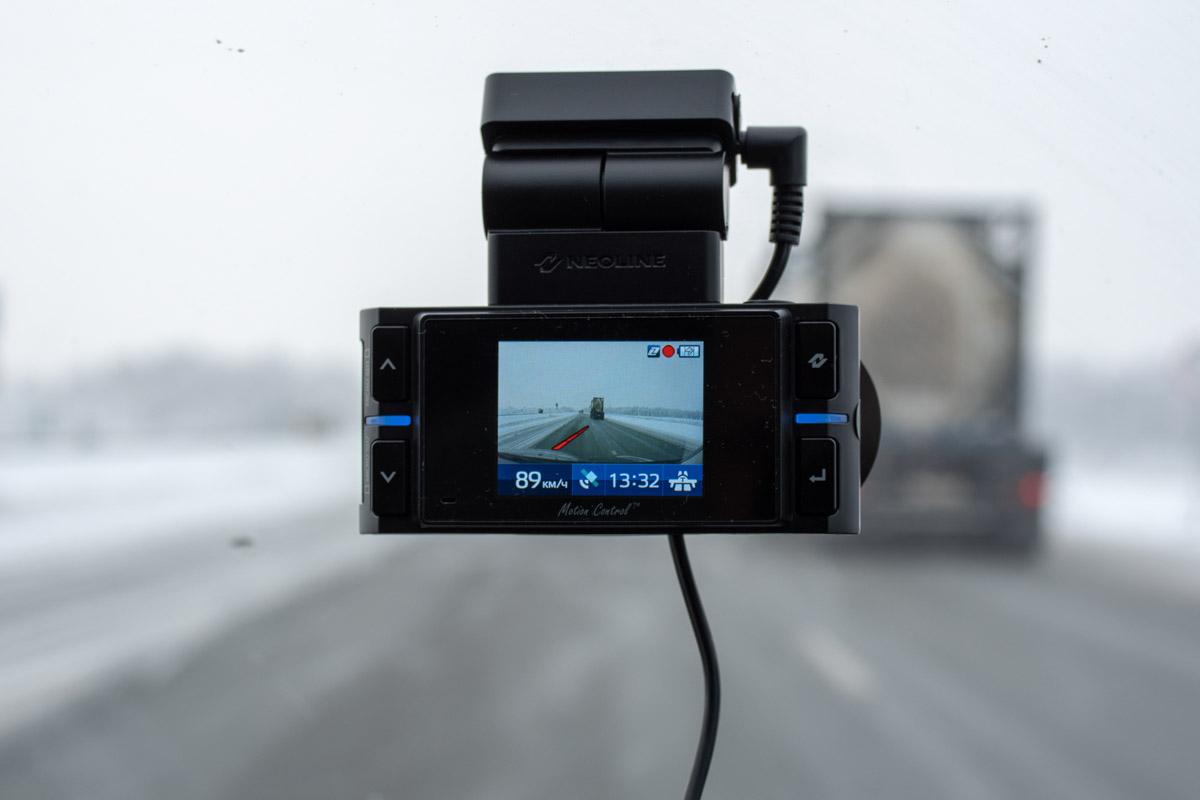 Обзор гибрида Neoline X-COP 9200. Самая «горячая» новинка сезона 2018-2019 © Technomode.ru