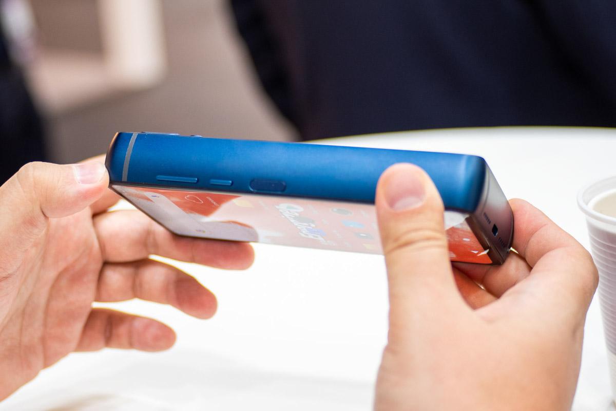 Обзор концепт-смартфона Energizer Power Max P18K Pop: главное этот «кирпич» на ногу не уронить! © Техномод