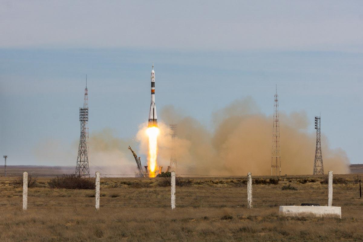 Запуск космического корабля «Союз МС-04» с космодрома «Байконур» © Техномод