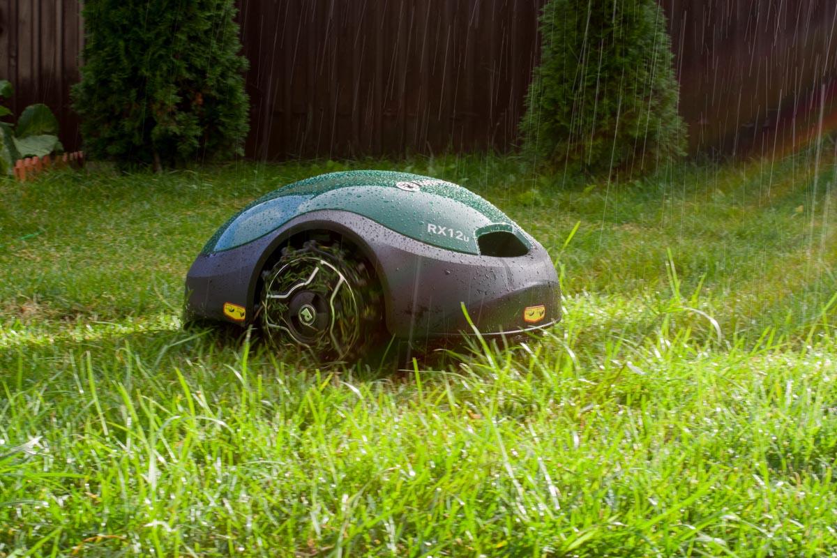 Недорогой и простой робот-газонокосилка Robomow RX12 © Техномод