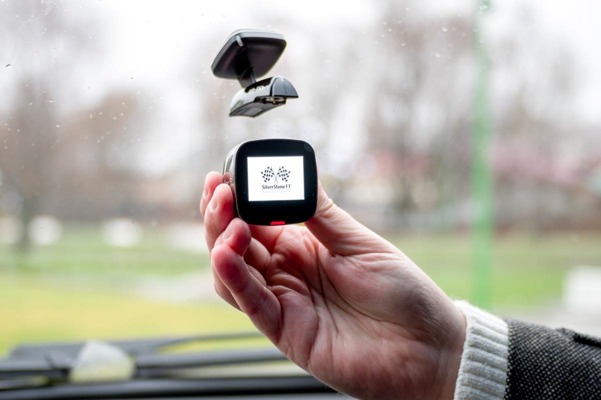 Обзор видеорегистратора SilverStone F1 A80 Sky с магнитным кронштейном и матрицей Sony © Техномод