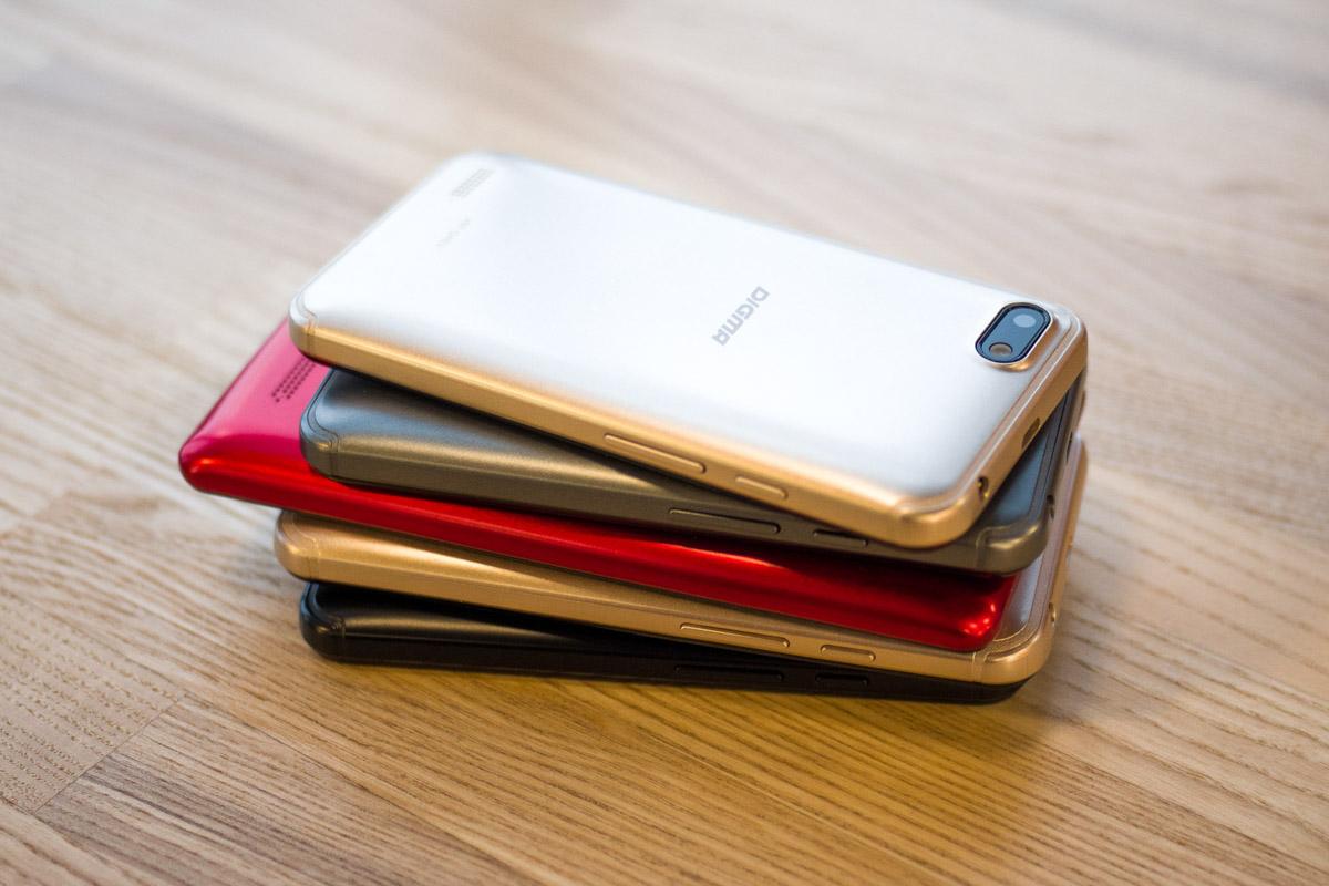 Digma HIT Q401 3G и HIT Q500 3G: смартфоны которые сможет себе позволить каждый © Техномод