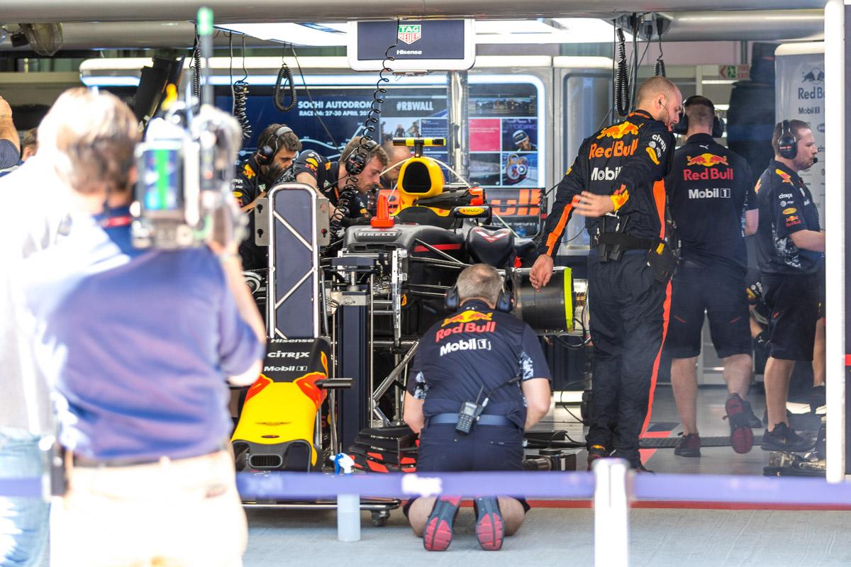 Как проходит Формула-1 в Сочи © Техномод