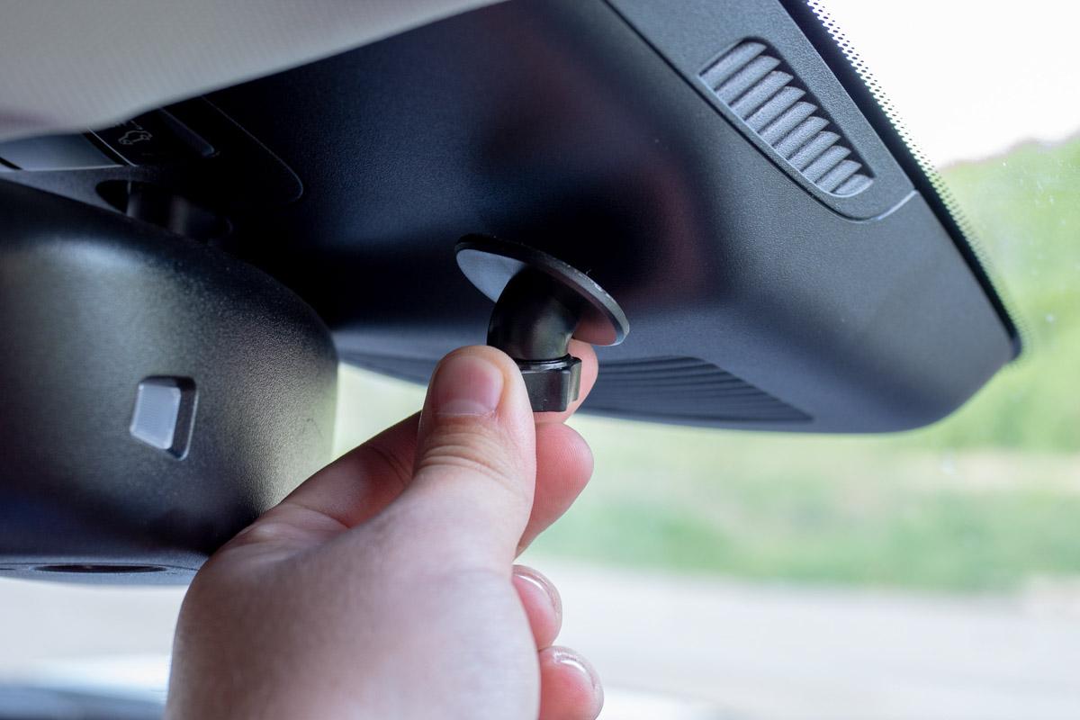 Видеорегистратор iBOX Z-900 WiFi: миниатюрное устройство с беспроводным подключением © Техномод