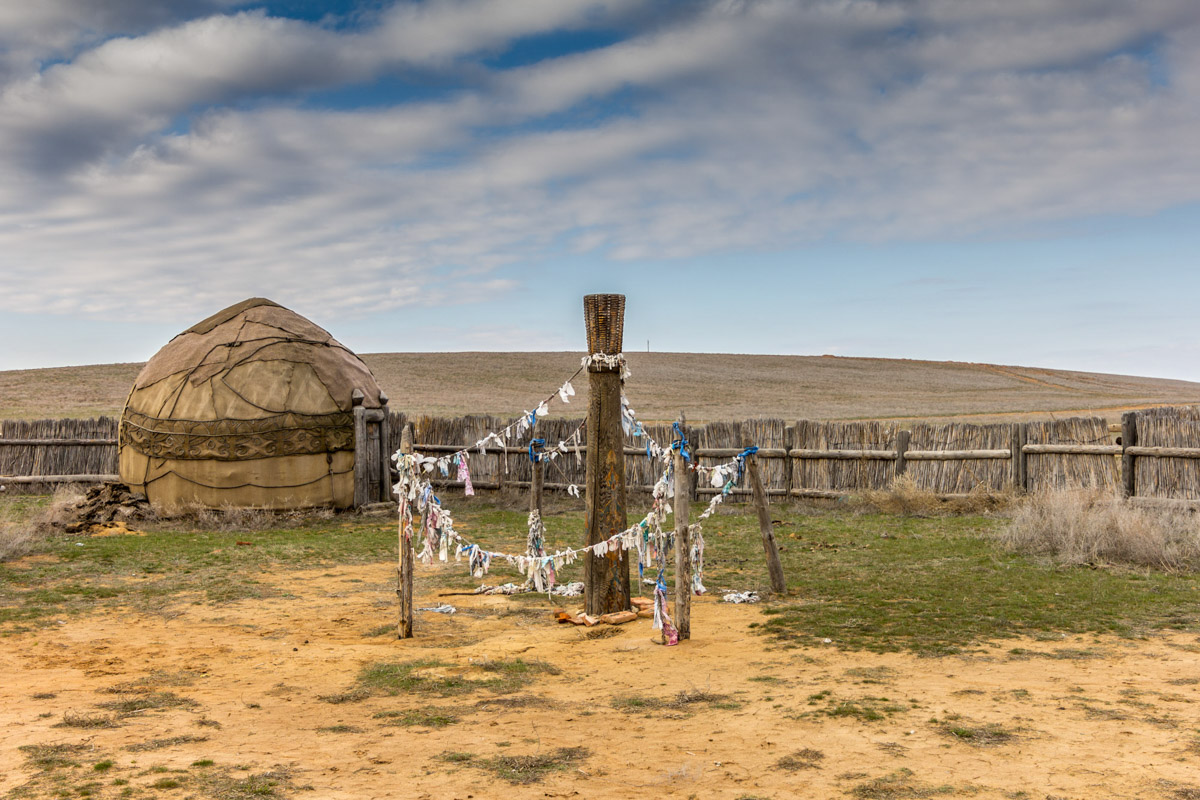 Заброшенный киногород Сарай-Бату в Астраханской области © Техномод