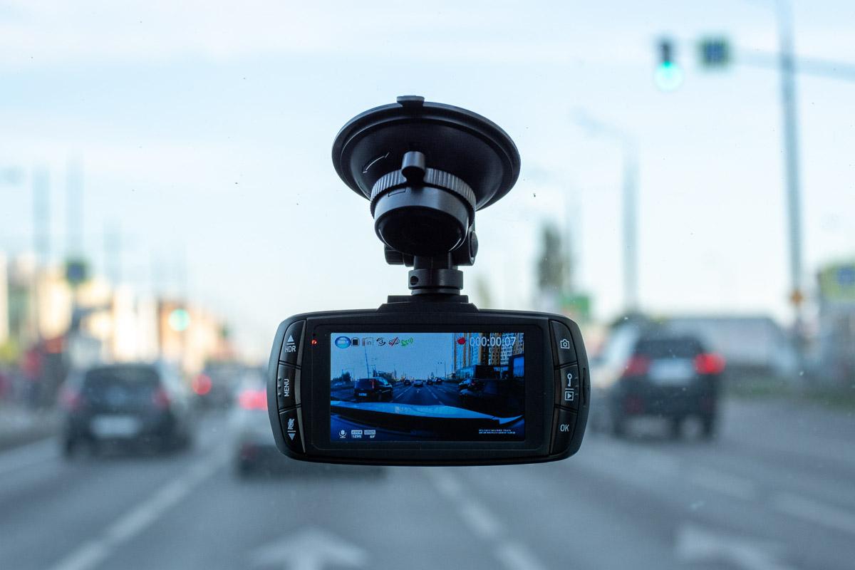 смотреть с видео регистраторов аварии