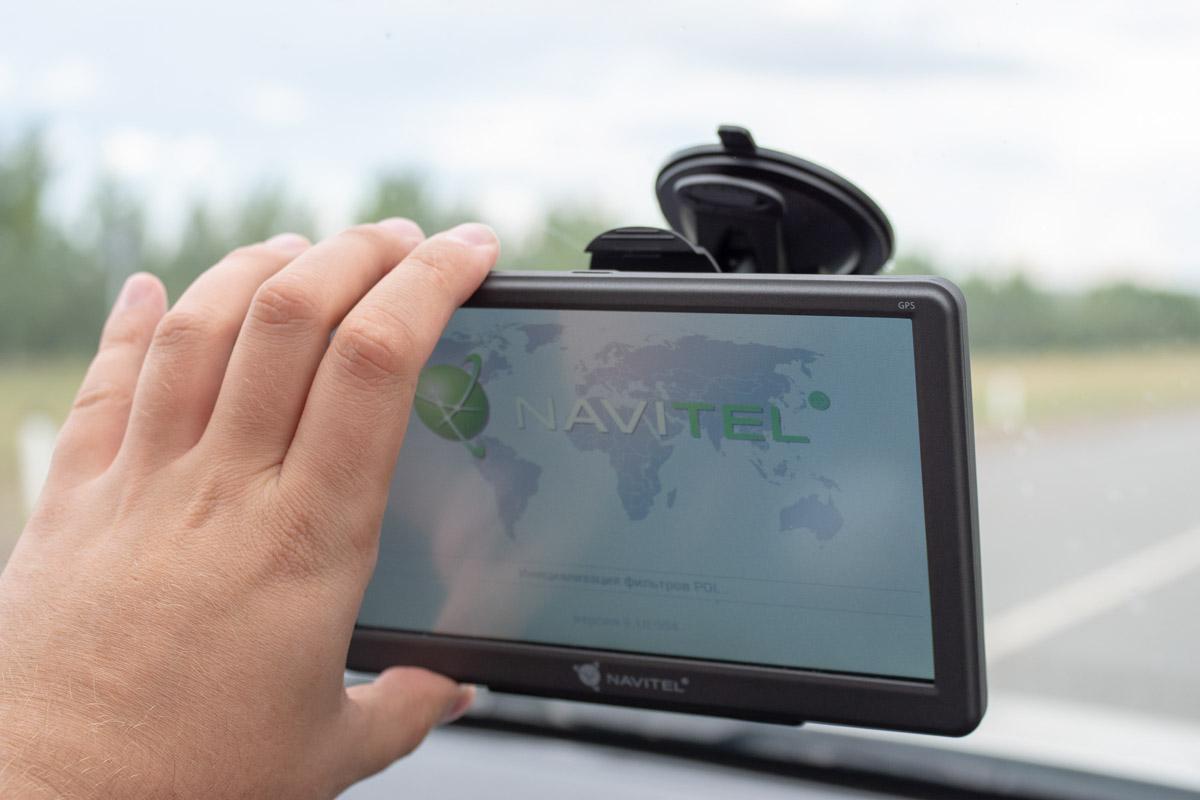 Обзор навигатора Navitel E700: большой экран и работа в офлайне © Техномод