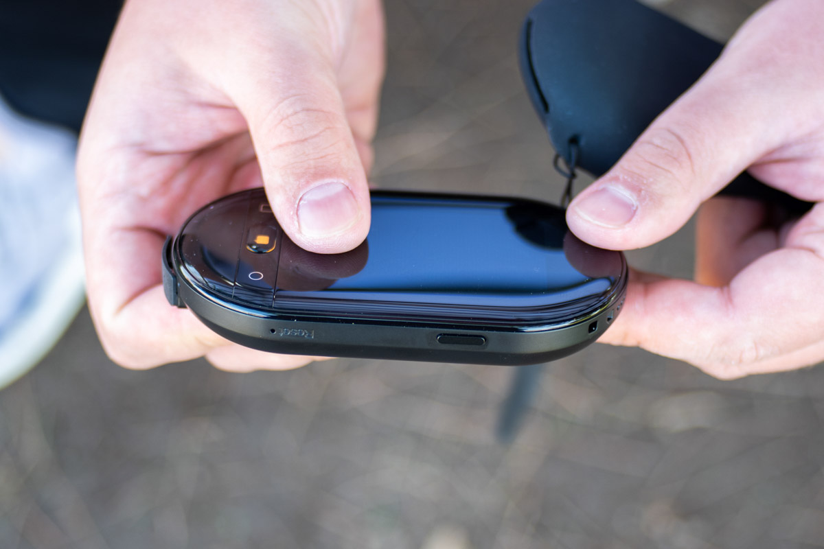 Обзор карманного переводчика Travis Touch Plus, который собрал более 2.1 млн $ на Indiegogo © Техномод