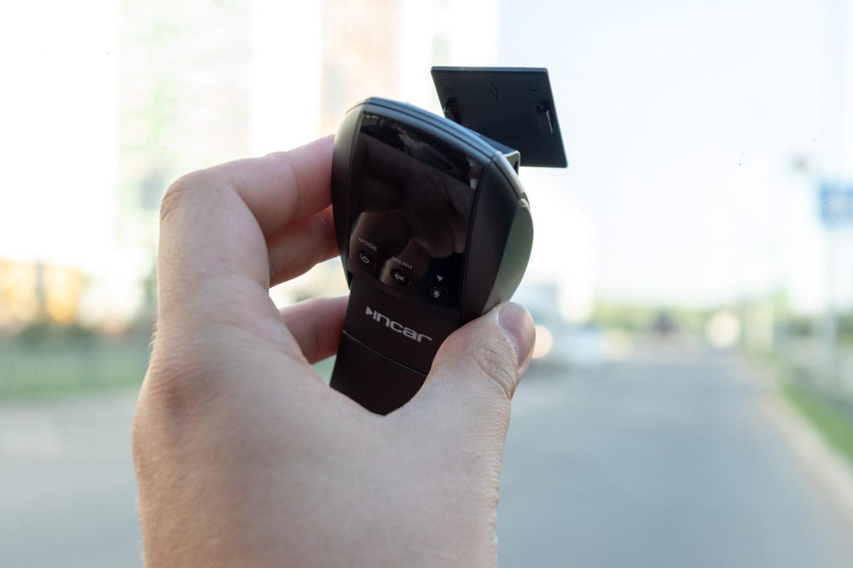 Обзор автомобильного видеорегистратора INCAR VR-550: незаметная установка и матрица SONY © Техномод