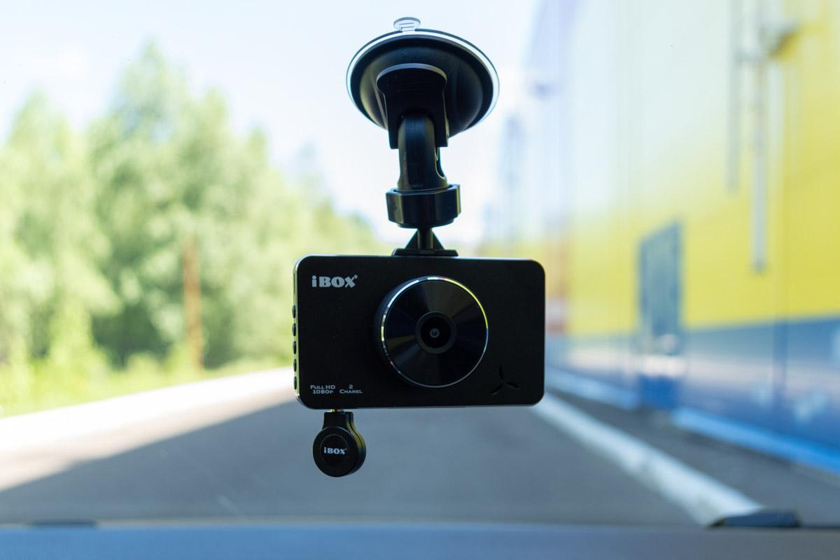 Обзор видеорегистратора iBOX Z-950: решение для такси и других служб © Техномод