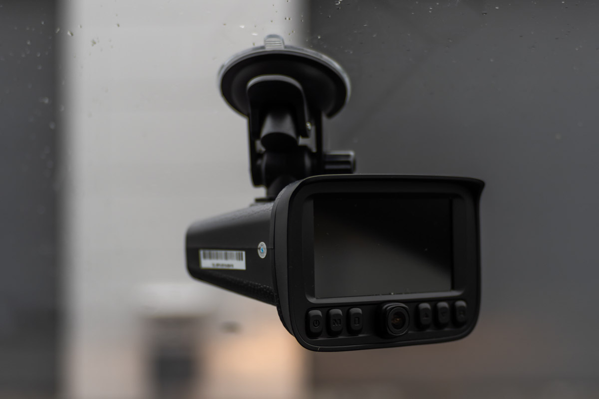 Обзор комбо-устройства Stonelock Kolima: Full HD видеорегистратор, радар-детектор и GPS-информатор © Техномод
