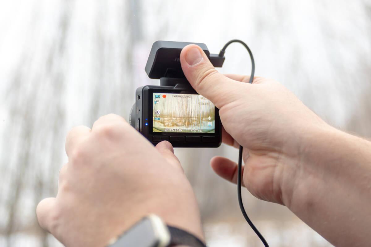 Выбираем видеорегистратор: Xiaomi Mi Dash Cam 1S (QDJ4032GL) или iBOX Magnetic WiFi © Техномод