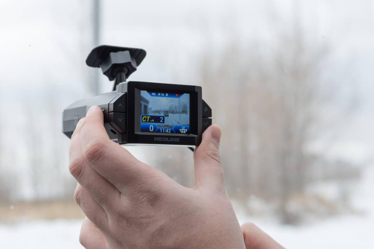 Подробный обзор и тестирование гибрида Neoline X-COP 9300/9300c/9300d. Против мобильных камер и стационарных комплексов © Техномод