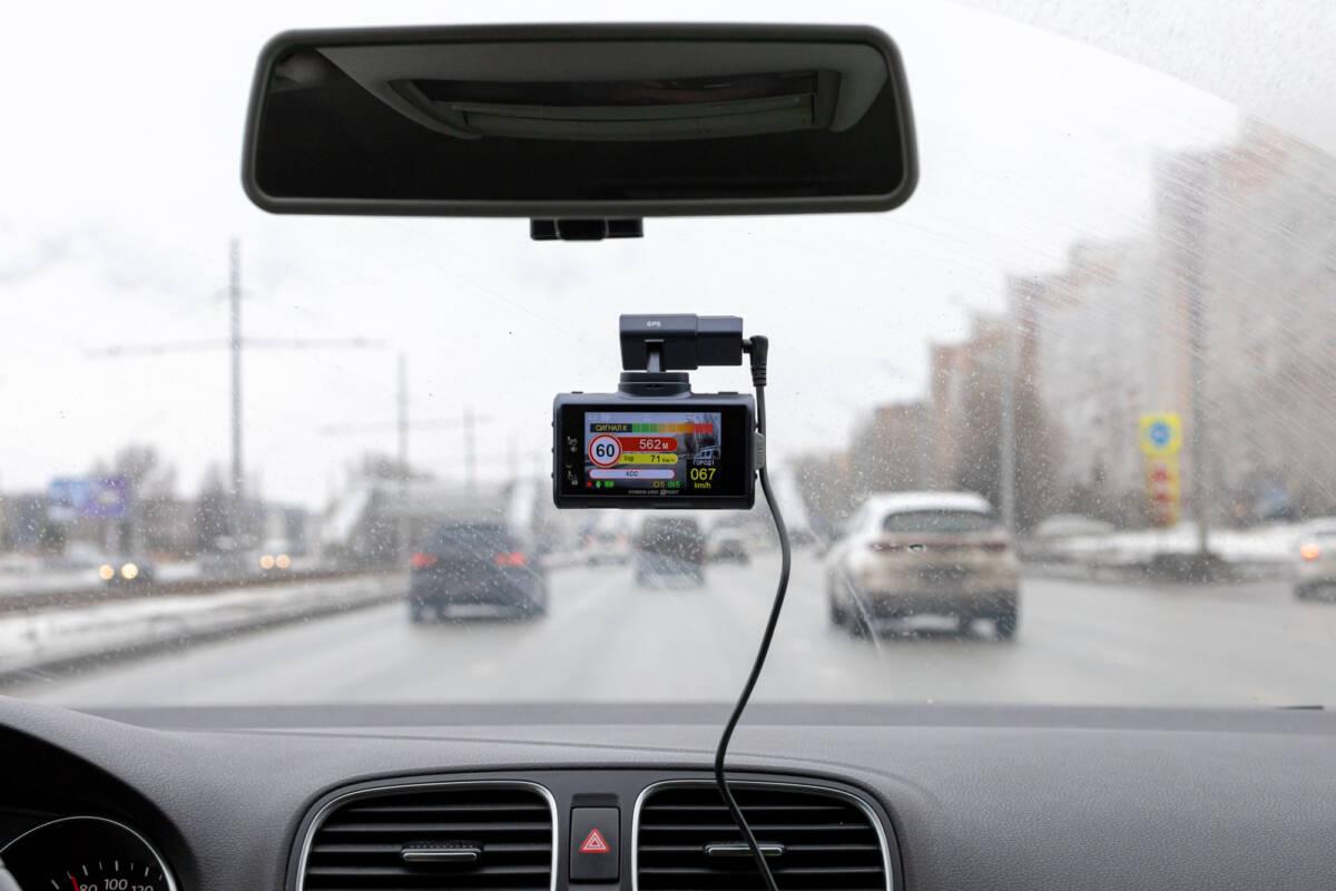 Подробный обзор и тест сигнатурного комбо-устройства SilverStone F1 Hybrid UNO SPORT © Техномод
