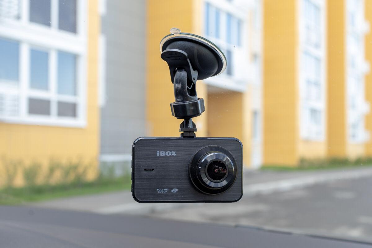 Обзор и тест видеорегистратора iBOX ZENCAM DUAL © Техномод