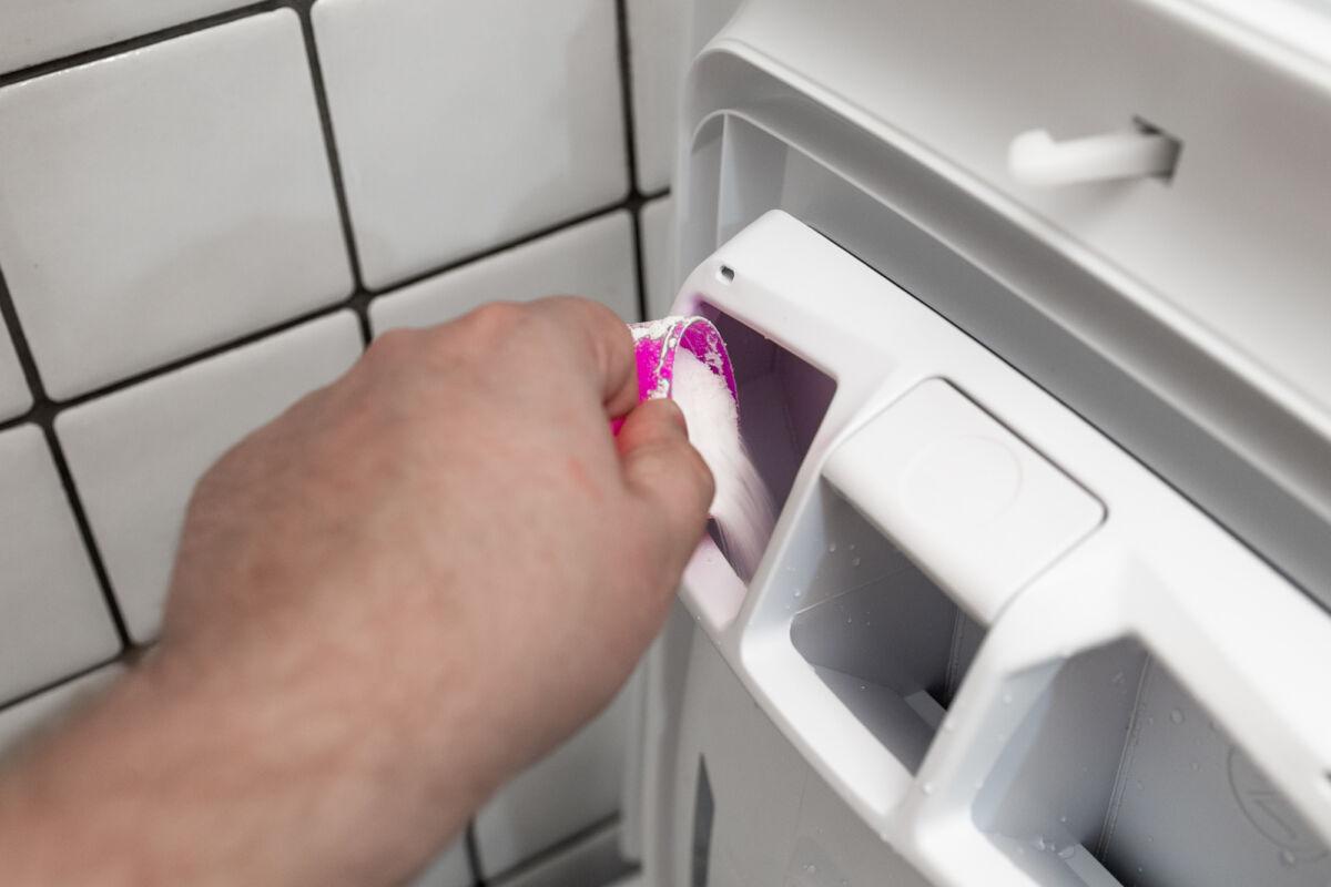 Обзор стиральной машины с вертикальной загрузкой Smart Candy CST G260L/1-07 — идеальное решение для маленькой ванной комнаты © ТЕХНОМОД