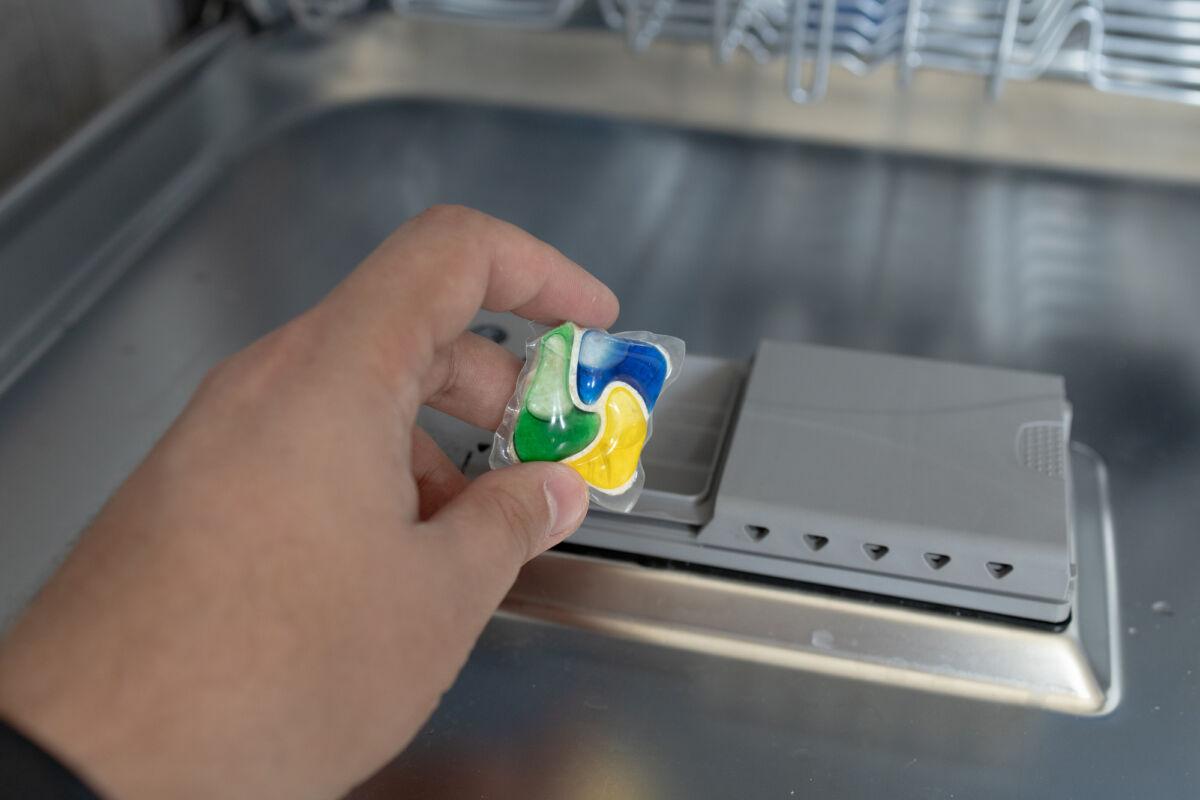Обзор и тест посудомоечной машины Candy Brava CDIN 1D672PB-07 © Техномод