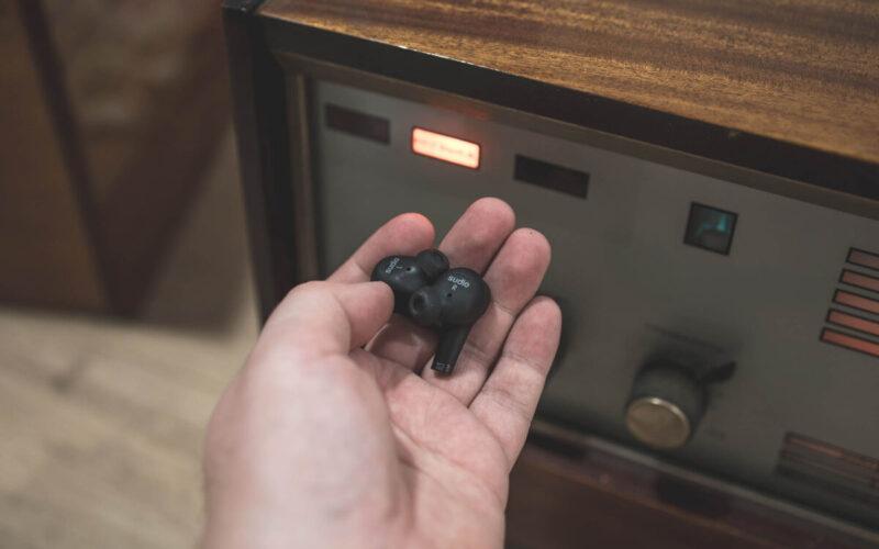 Распаковка и тестирование беспроводных наушников из Швеции SUDIO ETT © Техномод