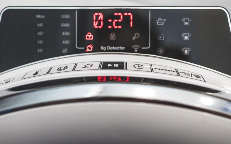 Обзор стиральной машины CANDY RAPIDÓ RO44 1286DWMC4-07 с беспроводным управлением по Wi-Fi © Техномод
