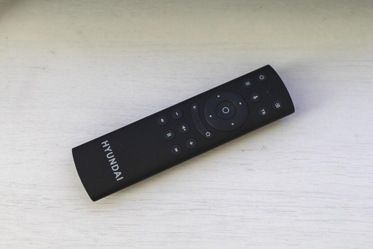 HYUNDAI H-LED40FS5001 — телевизор с которым можно поговорить © Техномод