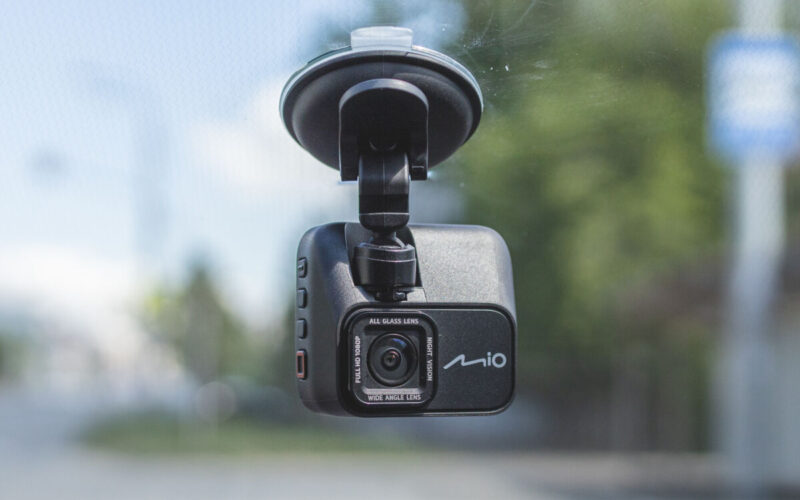 Mio MiVue C531. Обзор видеорегистратора с GPS-информатором © Техномод