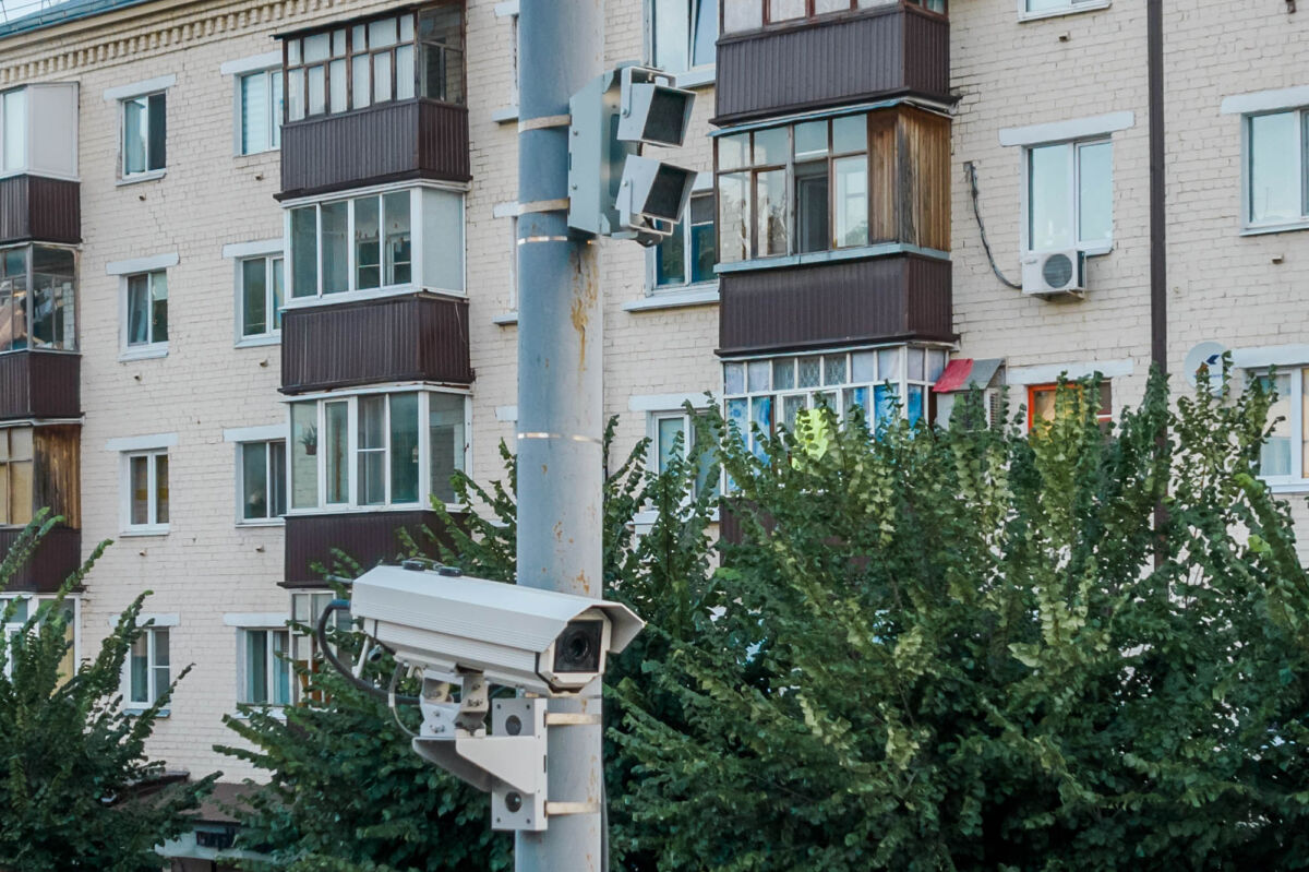 Стационарная камера «Автодория 3.5» установленная в Казани на улице Восстания © Техномод