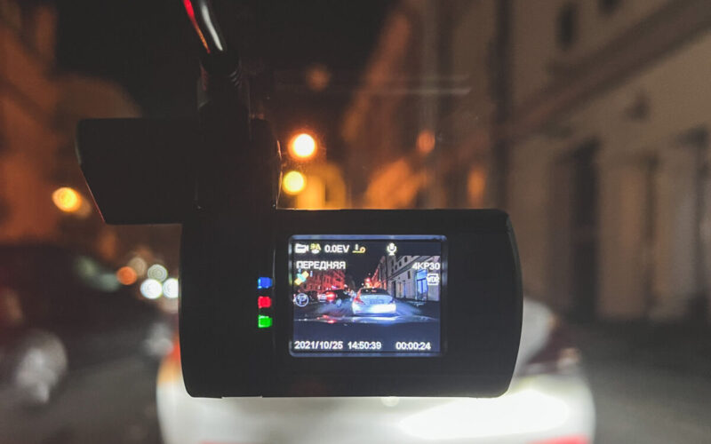 Видеорегистратор с реальным 4К разрешением — TrendVision Mini 4K Wi-Fi © Техномод